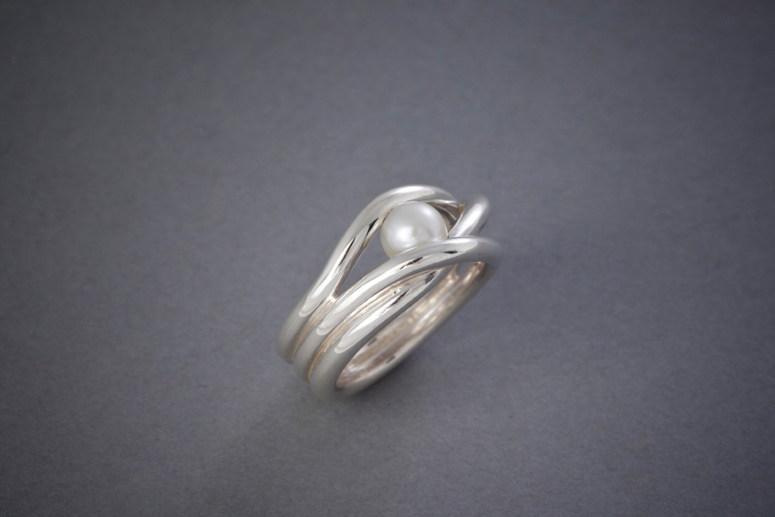 021 Wellenring, Perle, Silber € 212,-