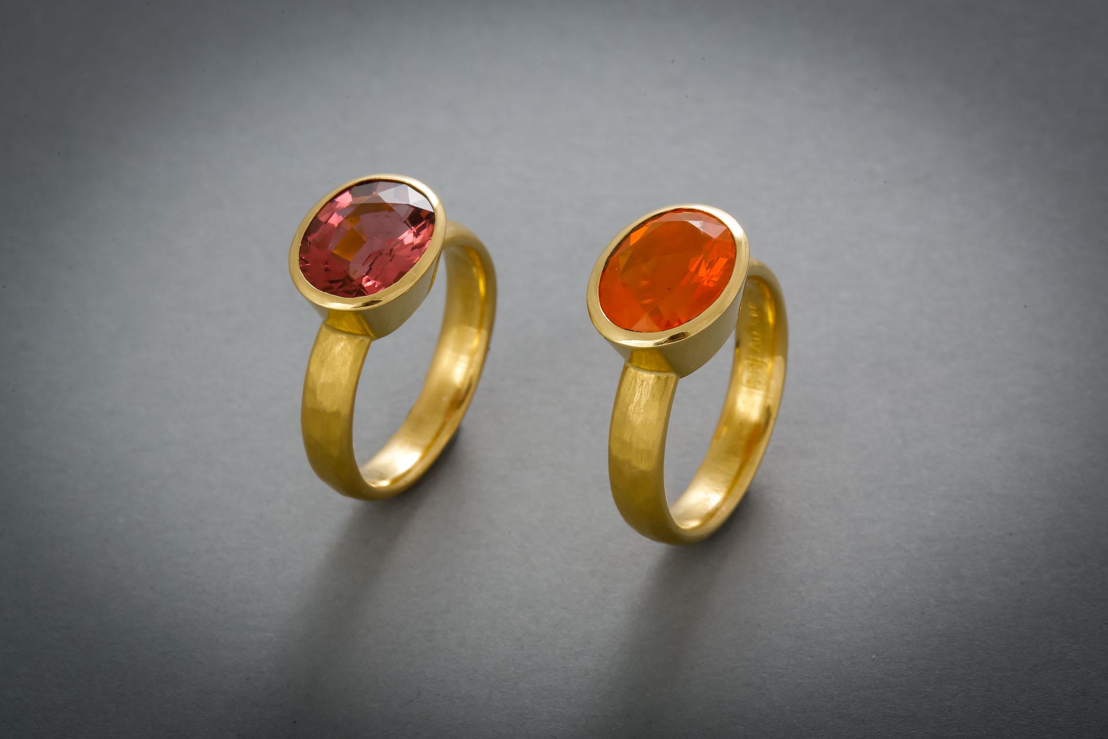 094 Goldring, Turmalin, rosé € 1112,- Goldring, Feueropal € 1214,-
