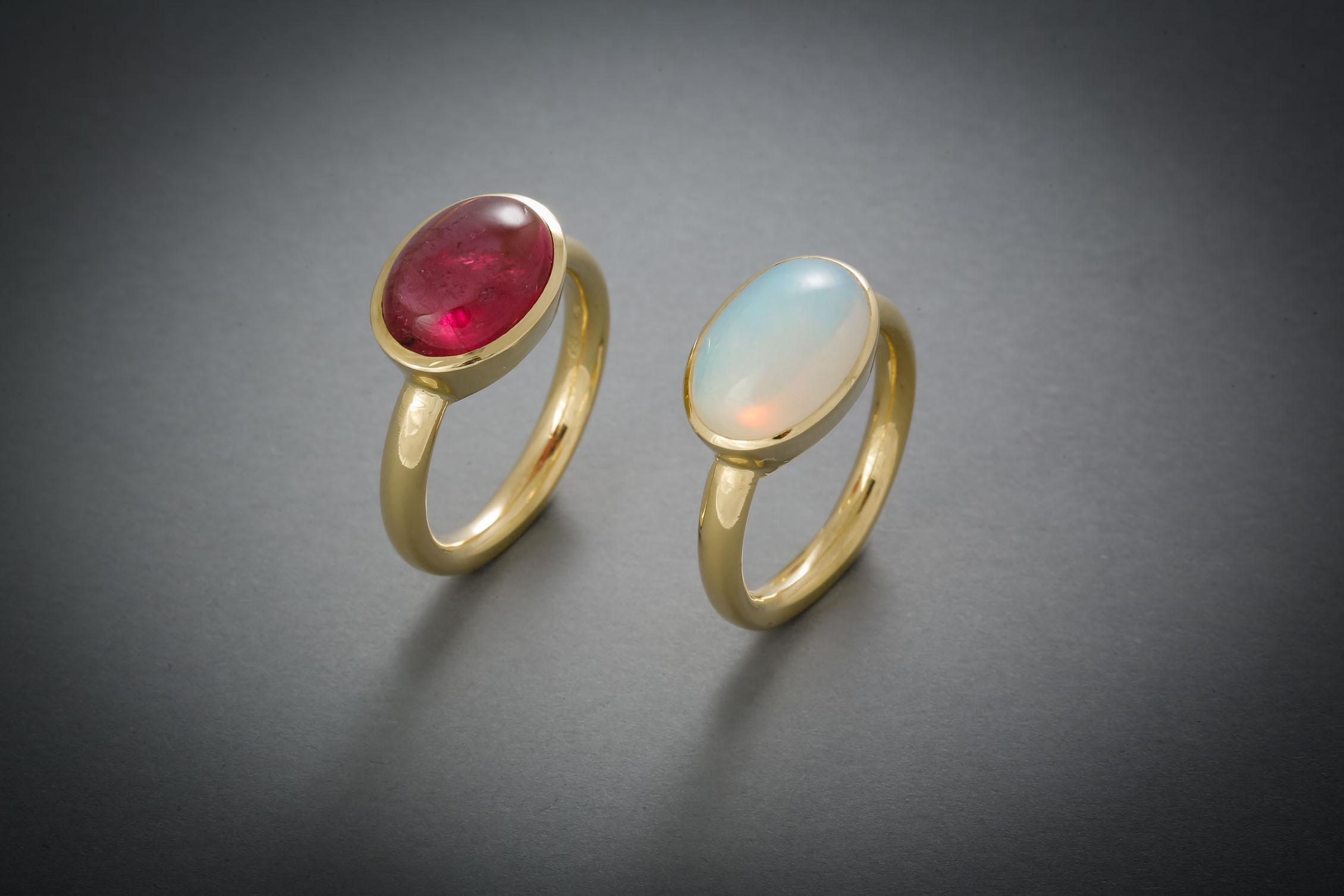 097 Goldring, Turmalin, rosé € 1264,- Goldring, Opal € 1120,-