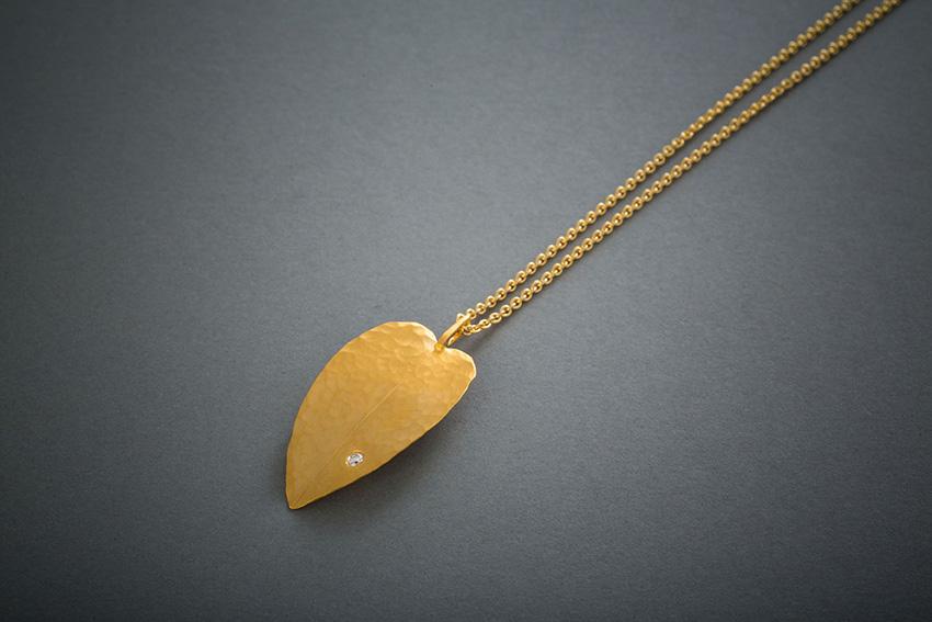 087 18kt Gelbgoldkette, geschmiedet, Brillant, ab € 1334,-