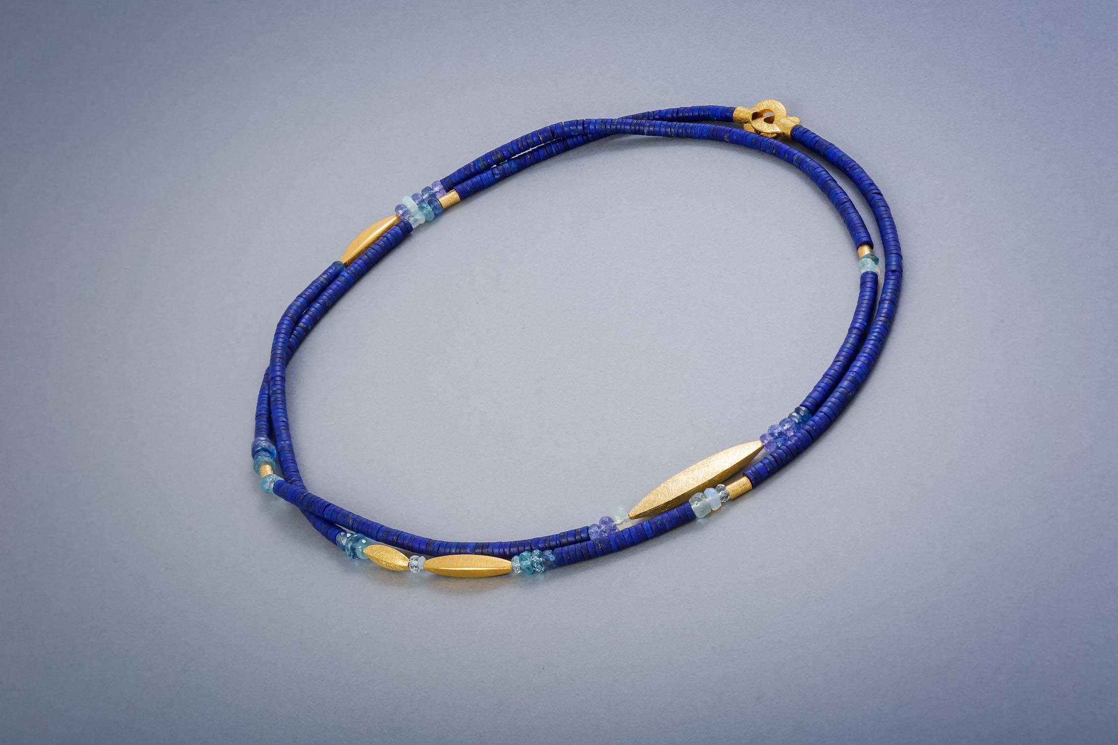 142 Edelsteinkette, Silber vergoldet, Lapis Aquamarin, Opal, Tansanit ab € 238,-