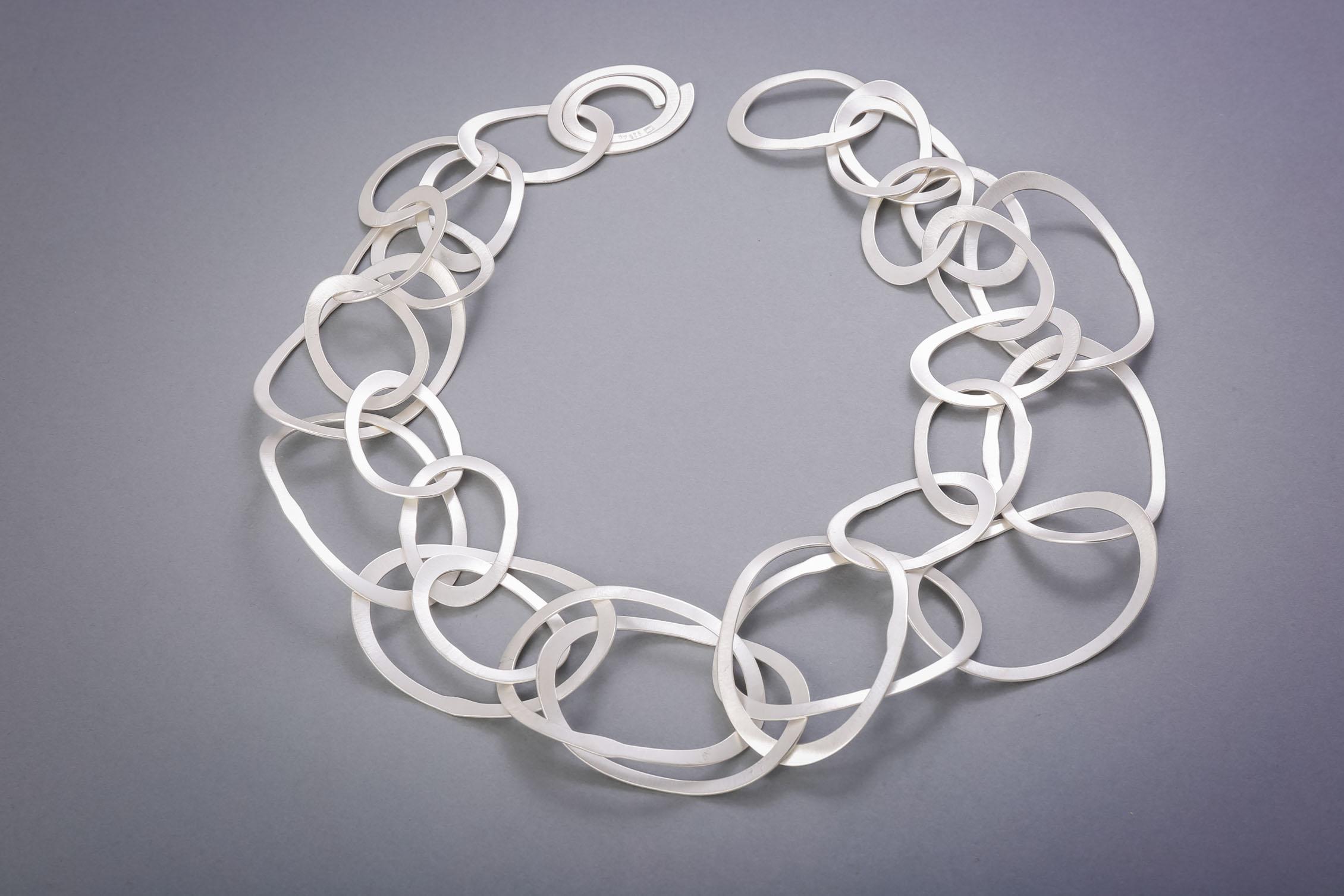 032 Silberkette, handgeschmiedet ab € 728,-