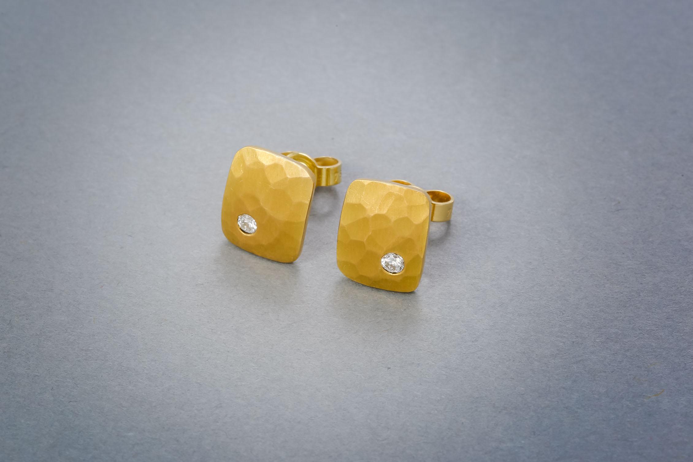 115 Goldohrringe, 21kt, Brillant ab € 612,-